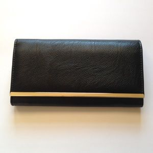 NEW | Apt9 Trifold Wallet